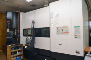 プラスチック切削加工設備06|広川製作所