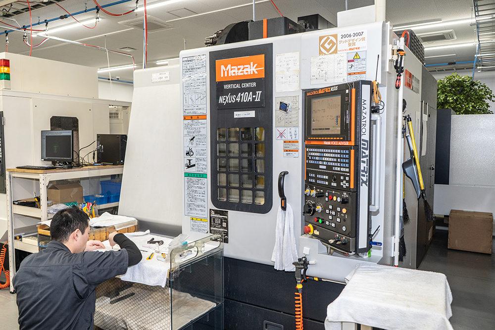 プラスチック切削加工設備|広川製作所